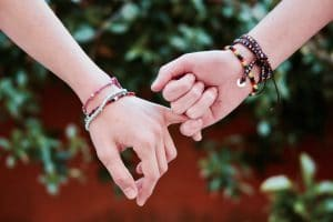 Armband als alternatief voor ringen