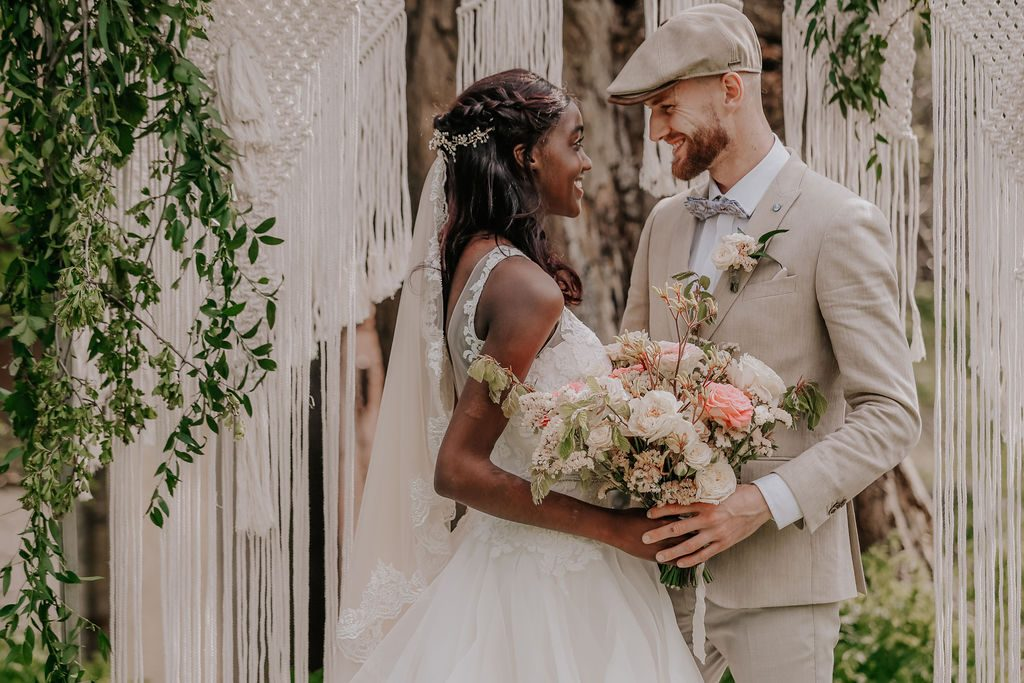 op zoek naar een ceremoniemeester voor jullie bruiloft?