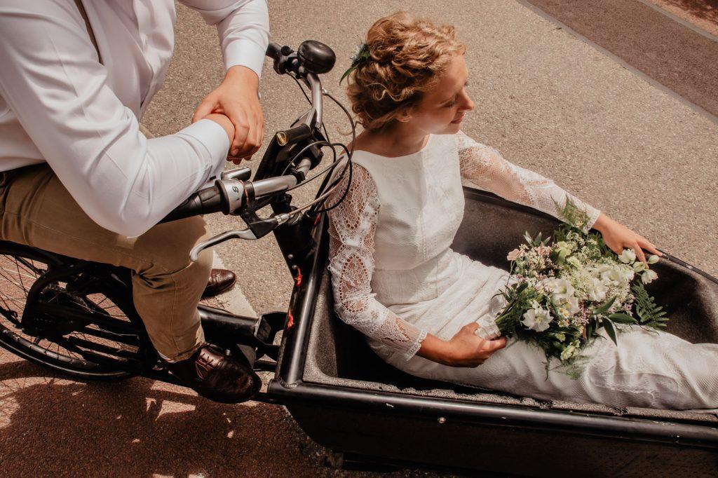 bike for eco-friendly wedding